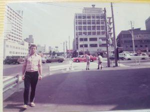 Autor i Kodokan u pozadini